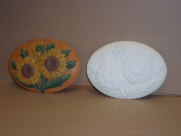 "Bisque Sunflower insert, 6"" L x 4"" W (SKU:D-1424)"